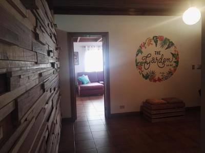 Albergues - The Garden hostel